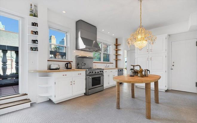 Björk's Apartment House in Brooklyn Björk's Apartment House in Brooklyn Bj  rk Seeks Brooklyn Penthouse 4