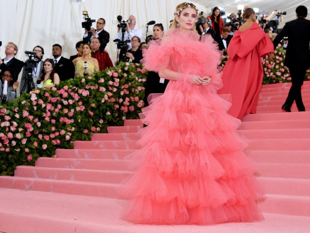 Best of camp-themed Met Gala 2019 5cd1968b021b4c0ac3694189 750 563