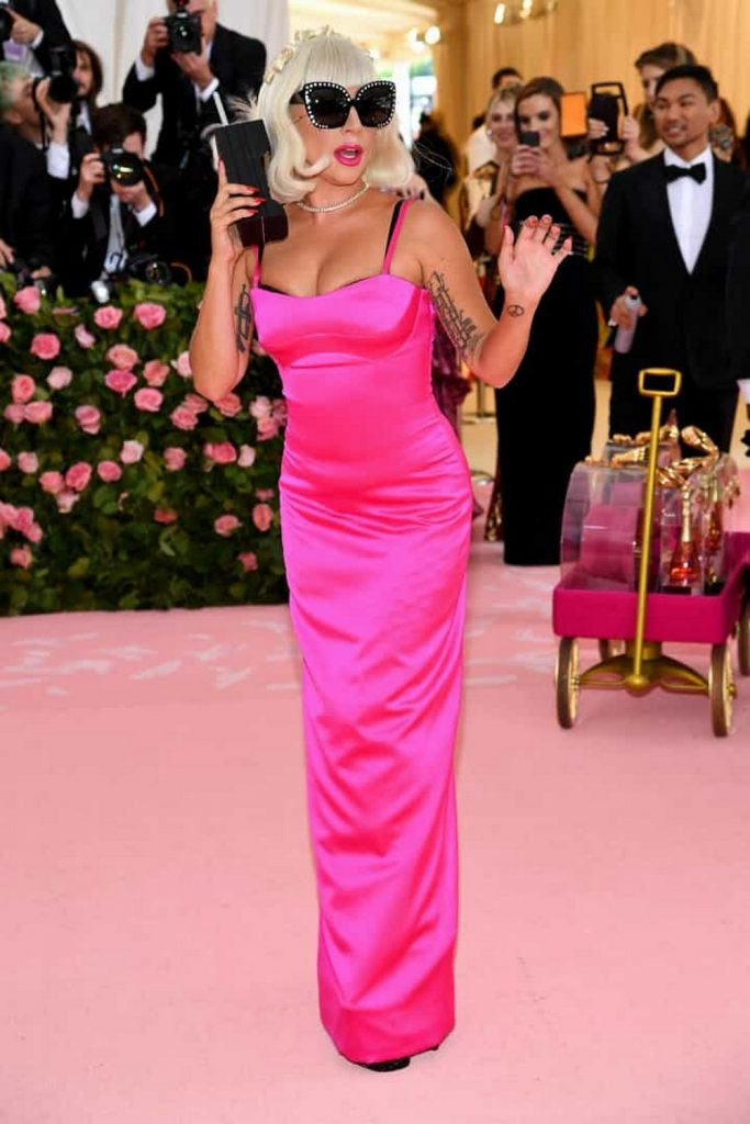 Best of camp-themed Met Gala 2019 naom 5cd11de4b61dc