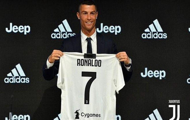 cristiano ronaldo's new house Get to Know Cristiano Ronaldo's New House in Turin, Italy Get to Know Cristiano Ronaldo New House in Turin 6