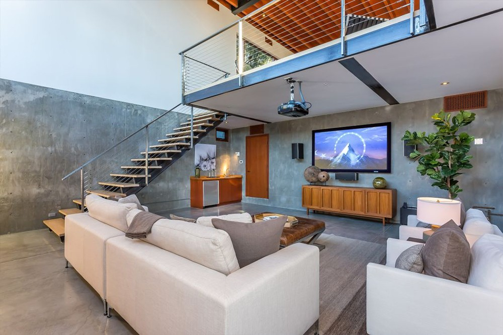 Kathryn Bigelow Lists Modern Mansion in Beverly Hills (1)  Kathryn Bigelow Lists Modern Mansion in Beverly Hills Kathryn Bigelow Lists Modern Mansion in Beverly Hills 5