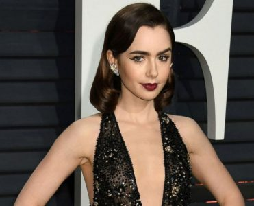Lily Collins Sells West Hollywood's Sierra Towers (11)  Lily Collins Sells West Hollywood's Sierra Towers Lily Collins Sells West Hollywood   s Sierra Towers 11 371x300