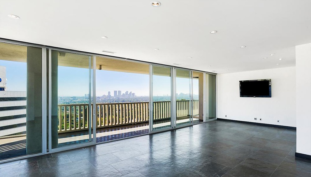 Lily Collins Sells West Hollywood's Sierra Towers Lily Collins Sells West Hollywood   s Sierra Towers 6