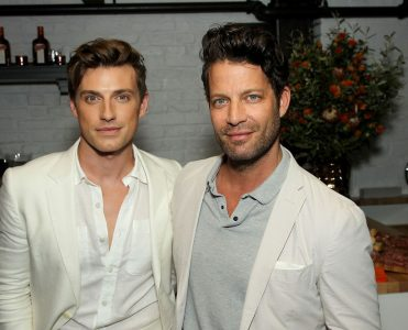 Nate Berkus and Jeremiah Brent Mansion in LA Hancock Park  Nate Berkus and Jeremiah Brent Mansion in LA Hancock Park Nate Berkus and Jeremiah Brent Mansion in LA Hancock Park 1 371x300