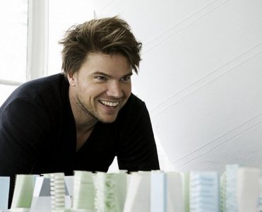 Celebrity Architect Bjarke Ingels' First Private House (4) bjarke ingels Celebrity Architect: Bjarke Ingels' First Private House Celebrity Architect Bjarke Ingels First Private House 4 371x300