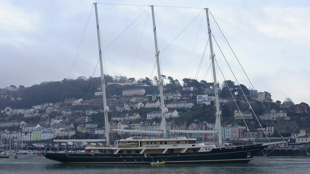 yachts owned by celebrities Most Amazing Yachts Owned by Celebrities Most Amazing Yachts Owned by Celebrities 16