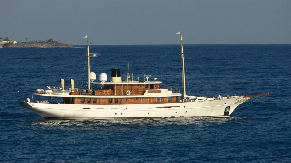 yachts owned by celebrities Most Amazing Yachts Owned by Celebrities Most Amazing Yachts Owned by Celebrities 18
