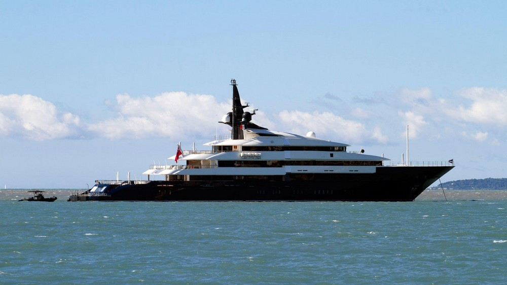 yachts owned by celebrities Most Amazing Yachts Owned by Celebrities Most Amazing Yachts Owned by Celebrities 20