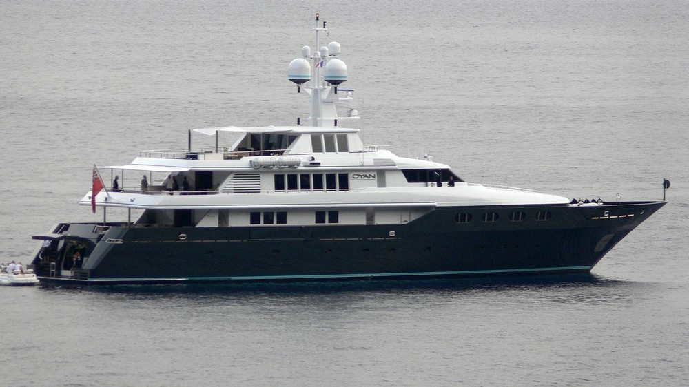 yachts owned by celebrities Most Amazing Yachts Owned by Celebrities Most Amazing Yachts Owned by Celebrities 24