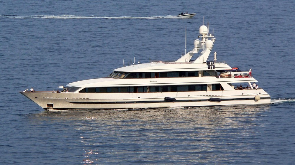 yachts owned by celebrities Most Amazing Yachts Owned by Celebrities Most Amazing Yachts Owned by Celebrities 25