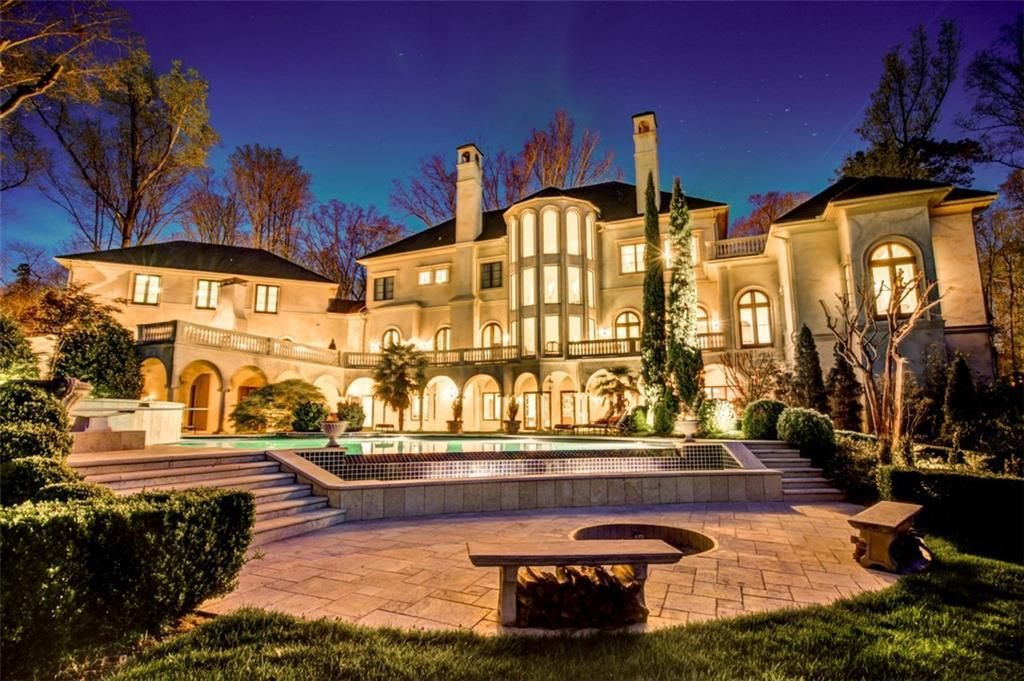 Step Inside Cardi B and Offset's $5.8M Atlanta Mansion (5) cardi b Step Inside Cardi B and Offset's $5.8M Atlanta Mansion Step Inside Cardi B and Offsets 5