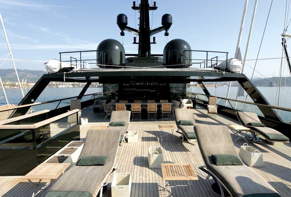 giorgio armani's superyacht Why You Must-See Giorgio Armani's Superyacht Why You Must See Giorgio Armanis Superyacht 4