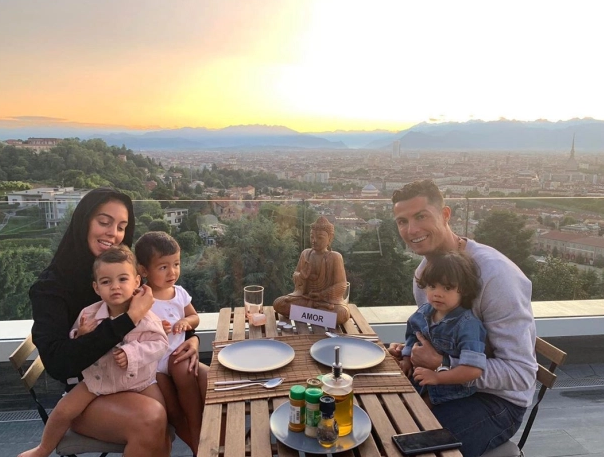 Get to Know Cristiano Ronaldo's New House in Turin, Italy (9) cristiano ronaldo Get to Know Cristiano Ronaldo's New House in Turin, Italy Get to Know Cristiano Ronaldos New House in Turin Italy 2