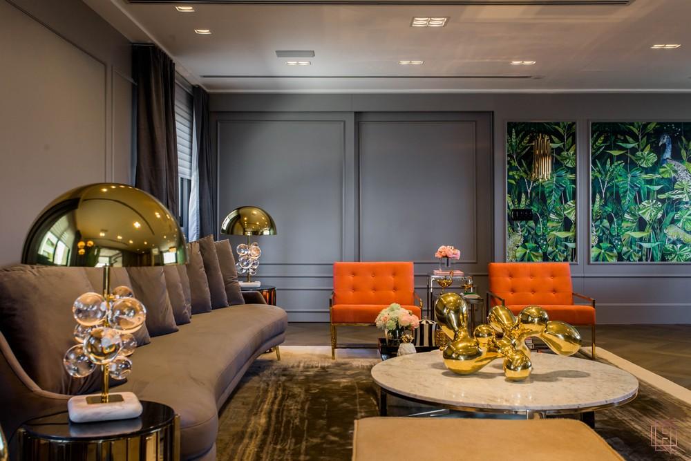 electrix studio Electrix Studio's Luxury Penthouse Project Image 1 Living Room Design With Tropical Details