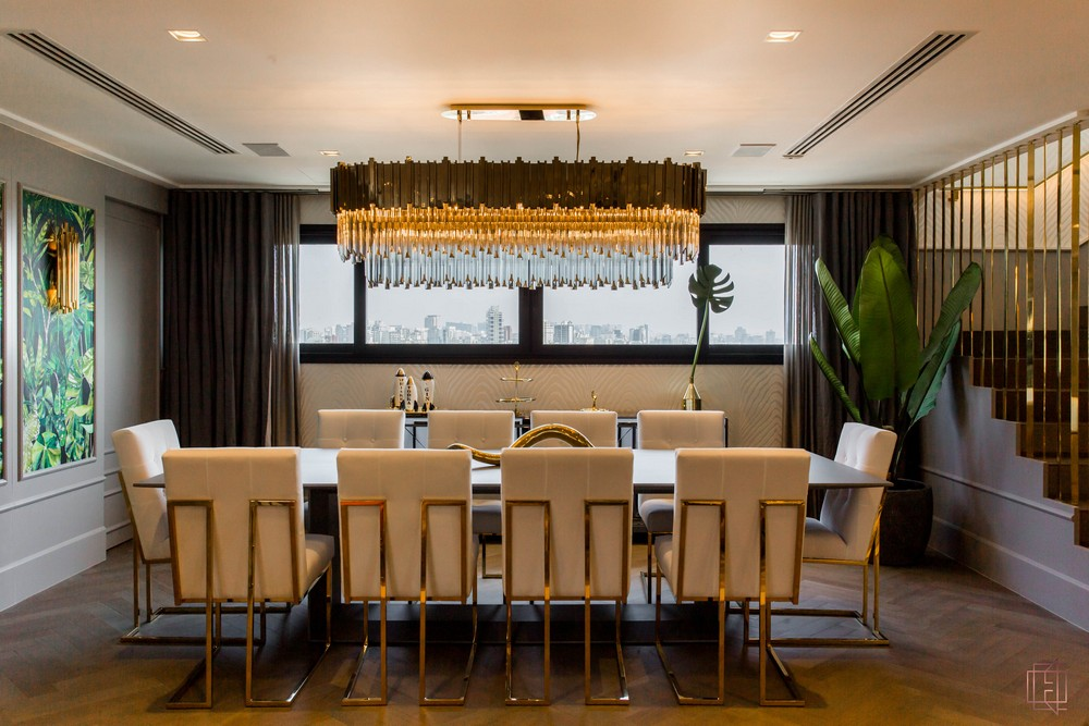 electrix studio Electrix Studio's Luxury Penthouse Project Image 2 Luxury Dining Space With Brubeck Wall