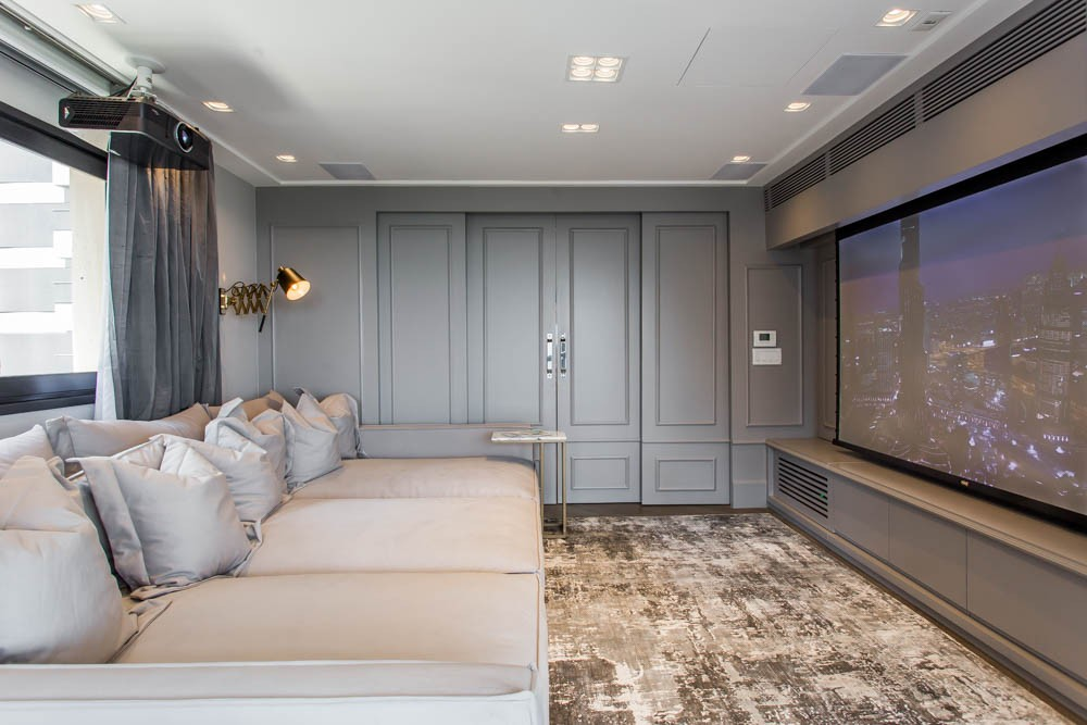 electrix studio Electrix Studio's Luxury Penthouse Project Image 6 Home Theatre with Pastorious Wall
