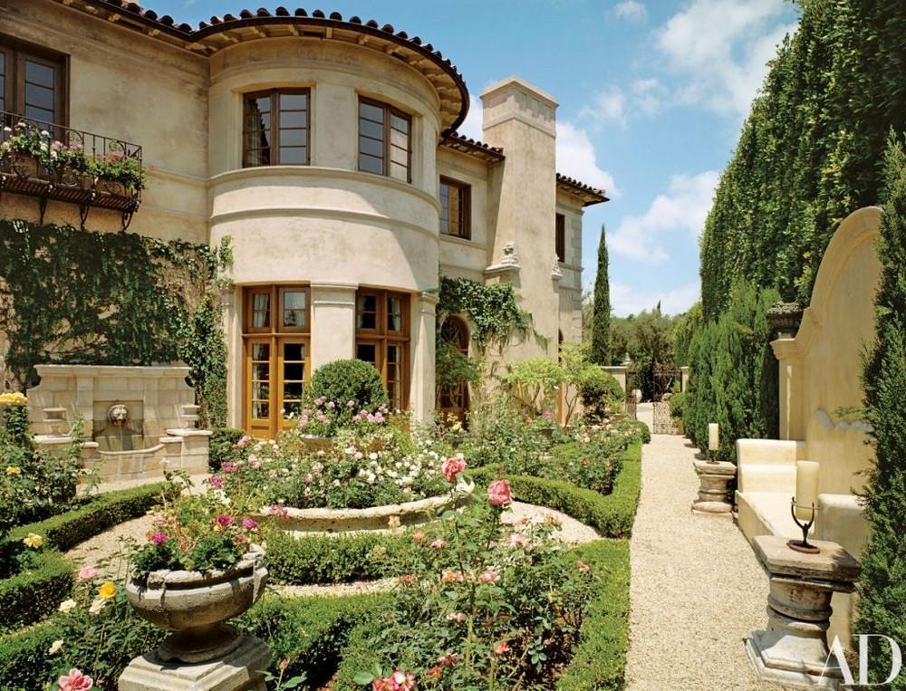 lionel richie Lionel Richie's 28 Room House in Beverly Hills Lionel Richies 28 Room House in Beverly Hills 3