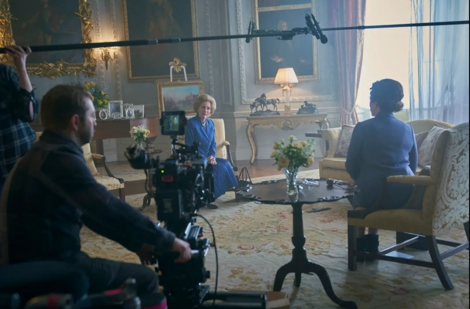 the crown The Crown Season Four Set Design: from Buckingham Palace to Balmoral The Crown Season Four Set Design from Buckingham Palace to Balmoral 3
