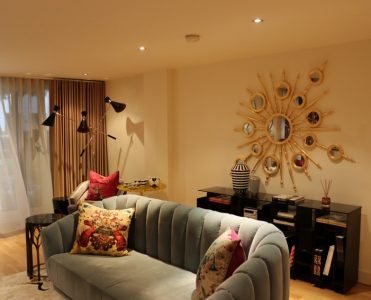 private show flat in london Private Show Flat in London: Get this Luxurious Living Room Private Show Flat in London Get this Luxurious Living Room 5 371x300