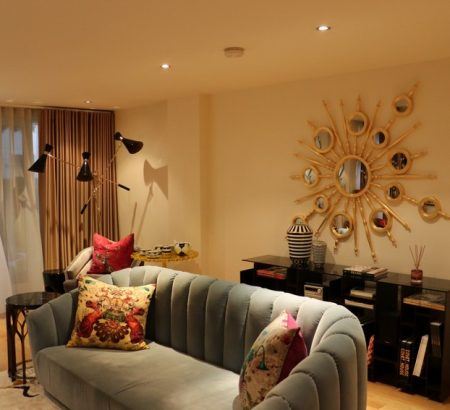 private show flat in london Private Show Flat in London: Get this Luxurious Living Room Private Show Flat in London Get this Luxurious Living Room 5 450x410
